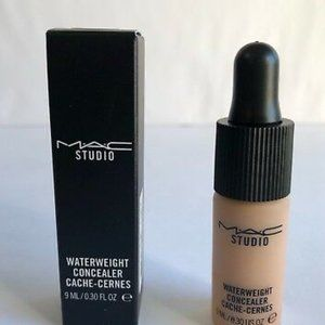 Last One NIB MAC Concealer NC42 Studio Waterweight